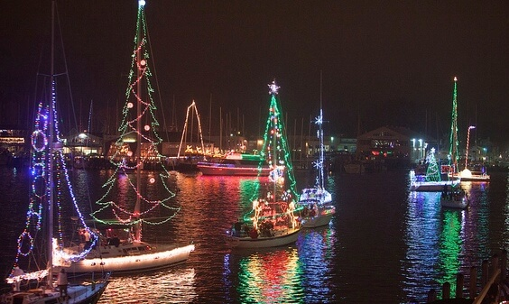 Eastport Yacht Club\'s Parade of Lights Sparkles Again This Year ...