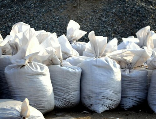 City of Annapolis distributing sand bags for hurricane preparation